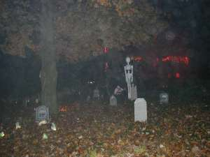 halloween cemetery decorations - Cemetery Halloween Decorations